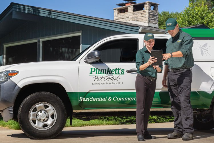 Pest Control Techs By Service Truck
